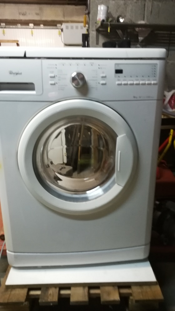 Lave Linge Whirlpool AWOD 2827
